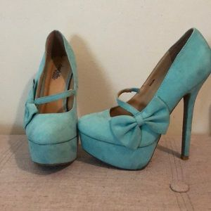 Charlotte Russe mint suede heels